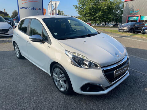 PEUGEOT 208 - 1.4 HDI 75 CH STYLE - 8980€
